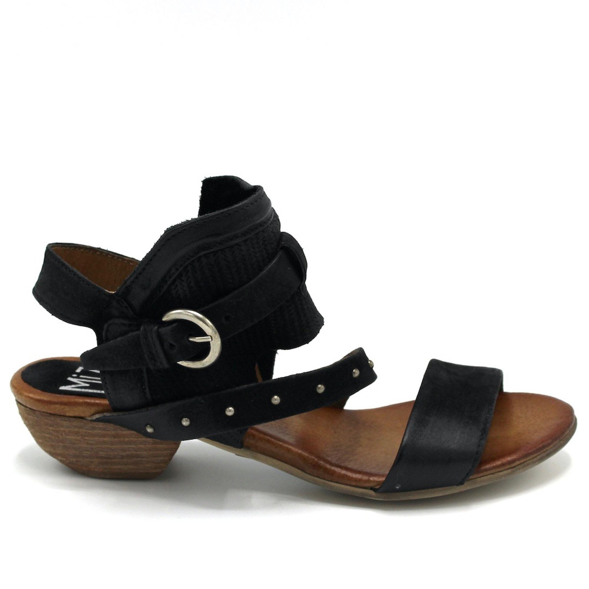 7a72ec73fe1 Sandals